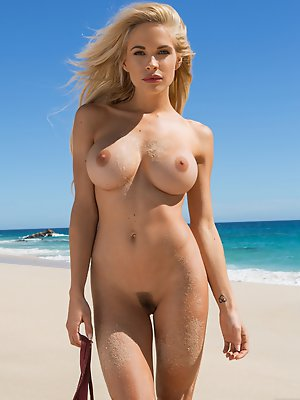 Playmate Miss May 2014